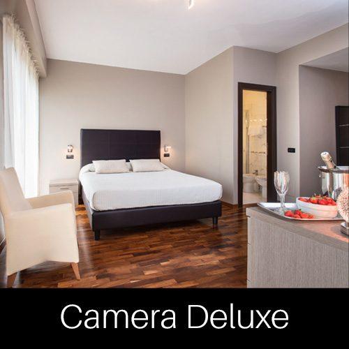 Camera Deluxe